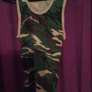 NWOT ladies camp tank top
